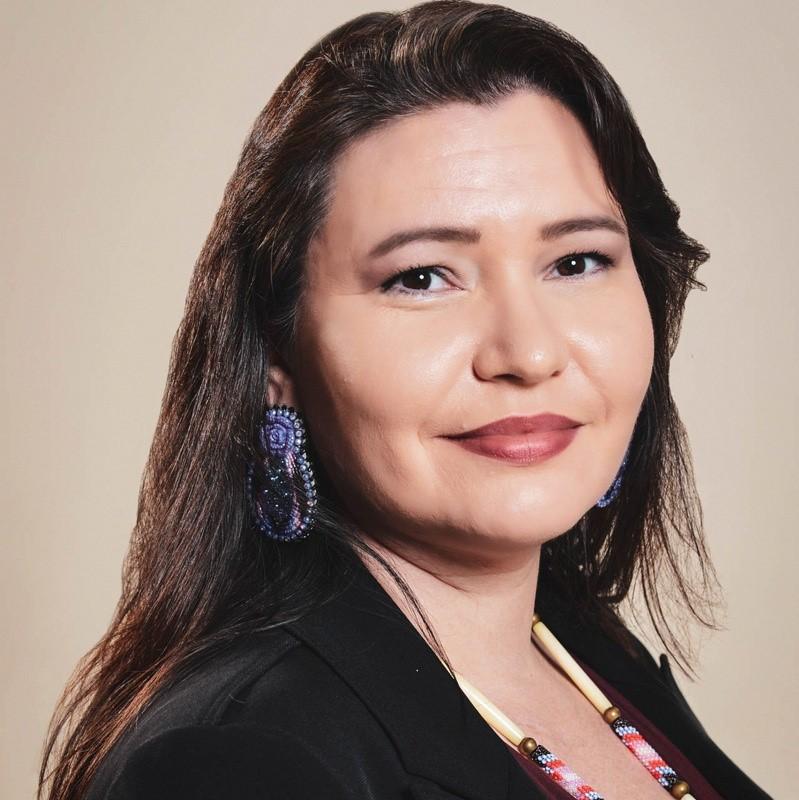 Christine Diindiisi McCleave